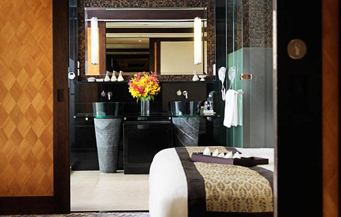 Banyan-Tree-Bangkok-Acc-Two-Bedroom-Suite-Img4-1170x470