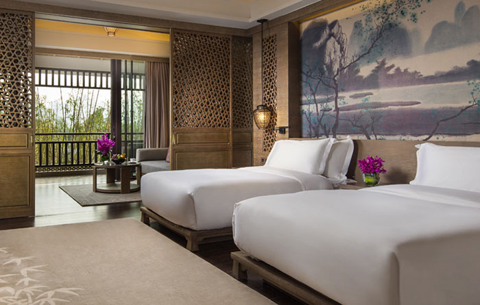 Banyan-Tree-Yangshuo-Acc-One-Bedroom-Garden-Img2-1170x470
